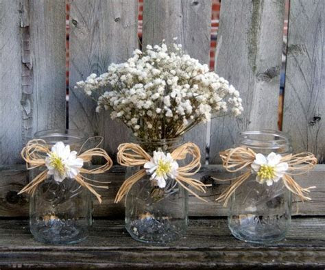 Best 25  Daisy wedding centerpieces ideas on Pinterest