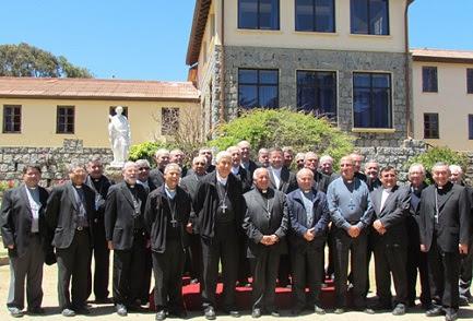 Foto de grupo de la Conferencia episcopal