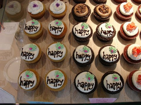 Happy Cakes from Swirlz Cupcakes
