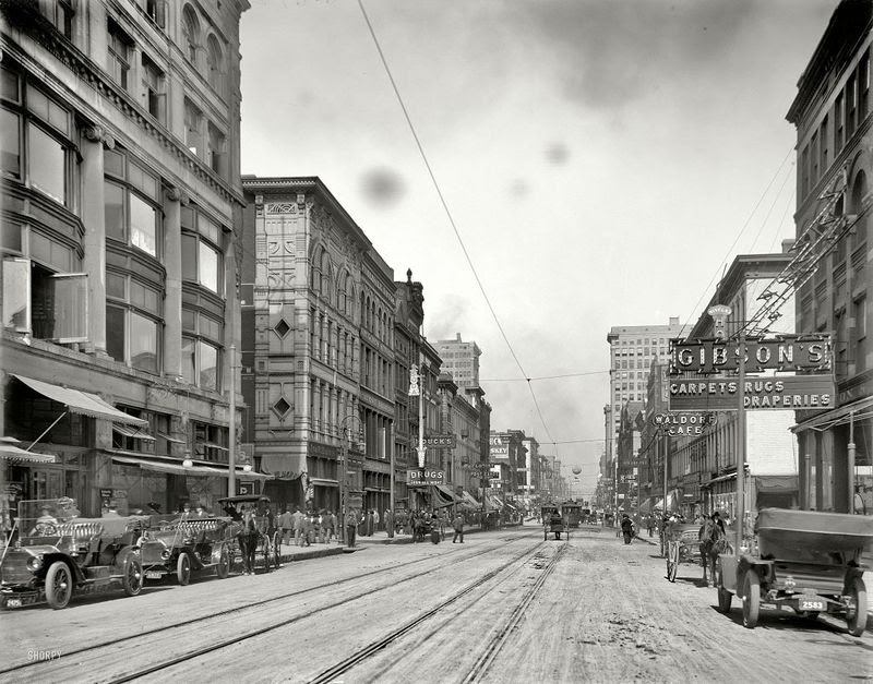 Memphis Main Street, North from Gayoso Avenue 1910
