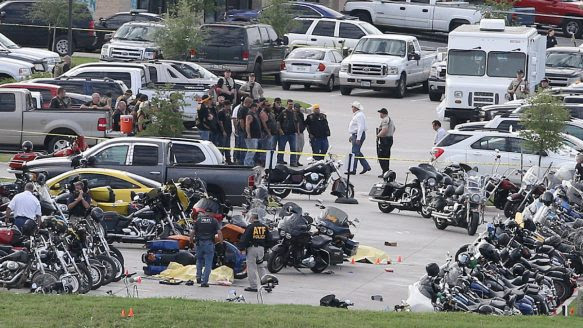 http://www.thestar.com/content/dam/thestar/news/world/2015/05/17/texas-restaurant-shootout-leaves-9-bikers-dead/shootout.jpg.size.xxlarge.letterbox.jpg