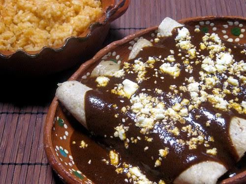 Enchiladas de Mole w/ Mexican Rice