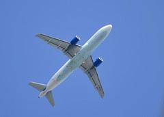 ThomasCook Airbus A320-214 G-KKAZ