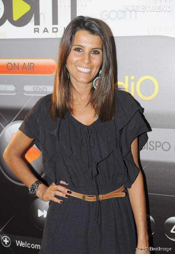 Karine Ferri, un sourire qui sent bon les vacances  Puretrend