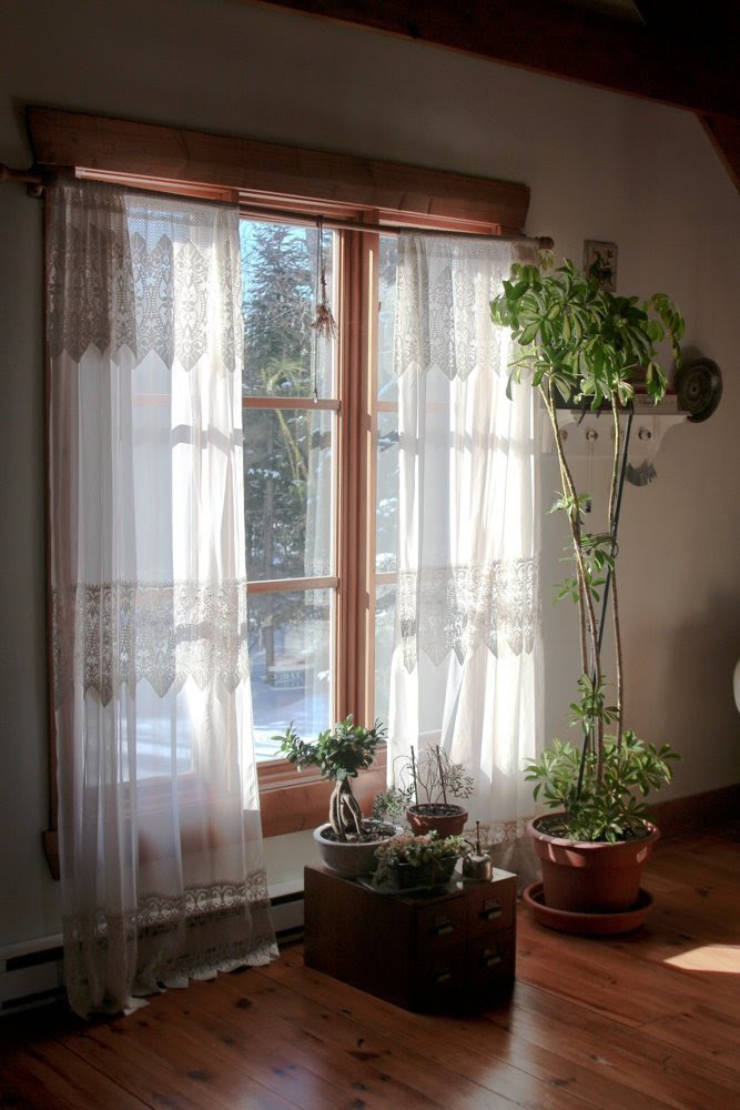 Source: Esthera and Gus's Bohemian Abode Apartment Therapy House Tour