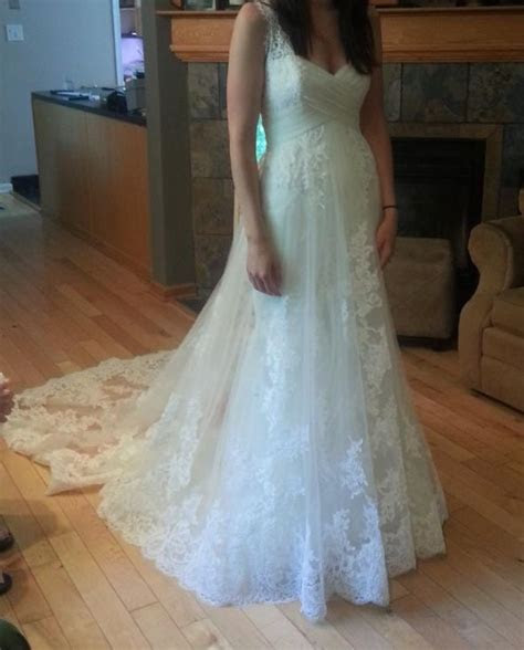 Alterations/Bustle question for lace overlay dress (Pic Heavy)
