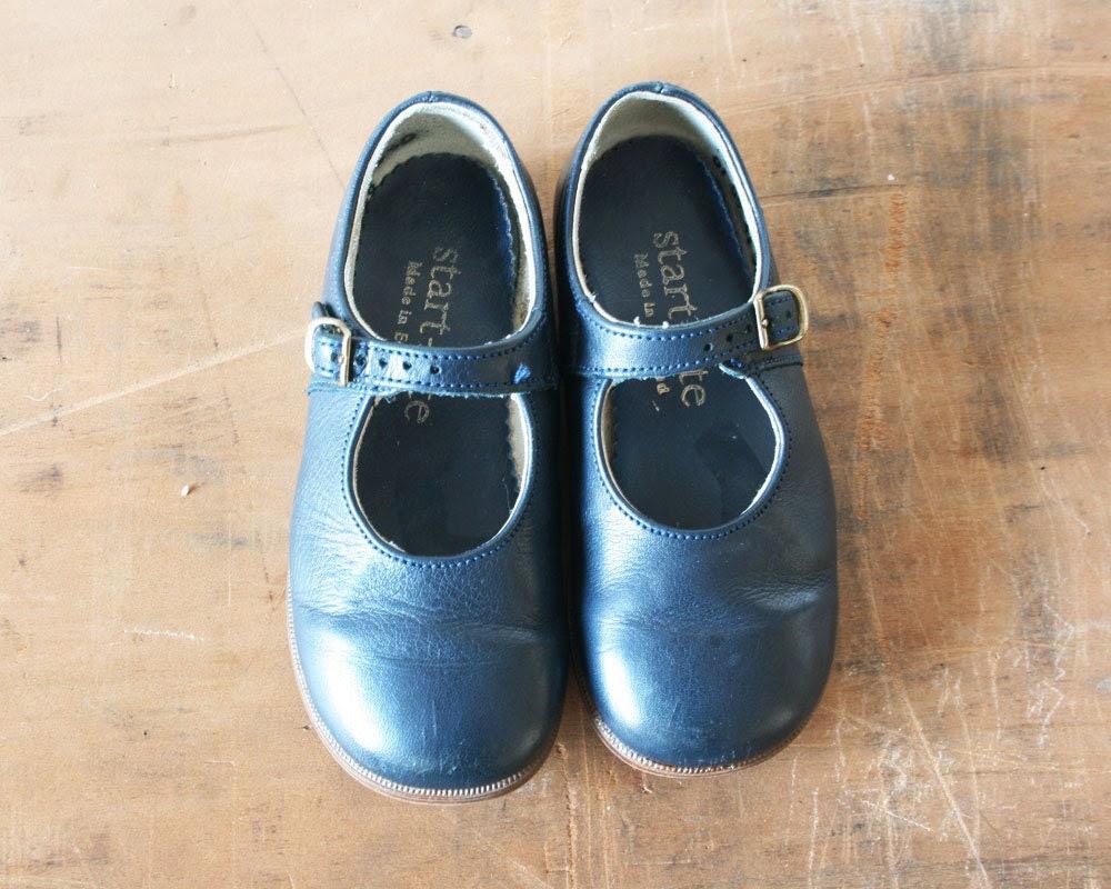 Vintage children's leather shoes 1980s - PemmysEmporium