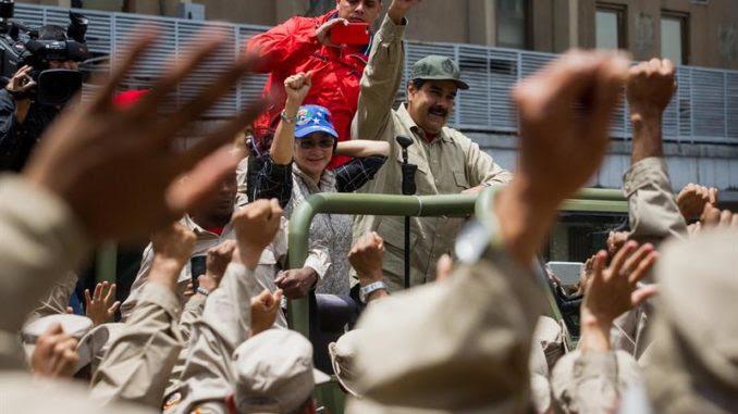 Resultado de imagen para CHAVISMO Y FUERZAS ARMADAS