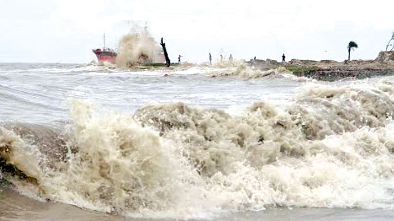Rough seas after Cyclone Bulbul.