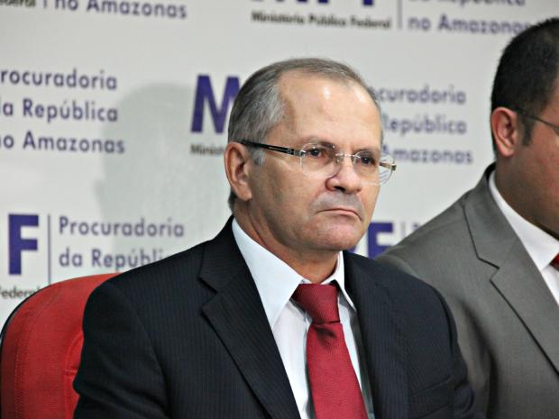 Procurador Ageu Florêncio anunciou as impugnações nesta segunda-feira  (Foto: Diego Toledano/ G1 AM)