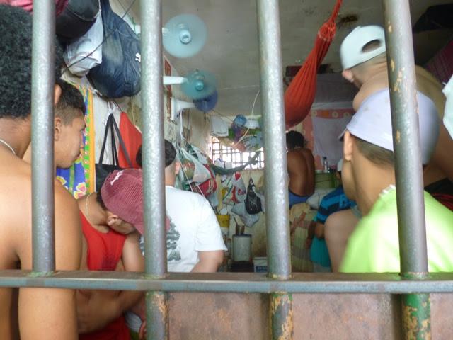 Resultado de imagem para cadeia pública de Aracati, no Ceará