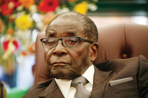 Cetak duit: Zimbabwe dah buat, langsung guna dollar AS