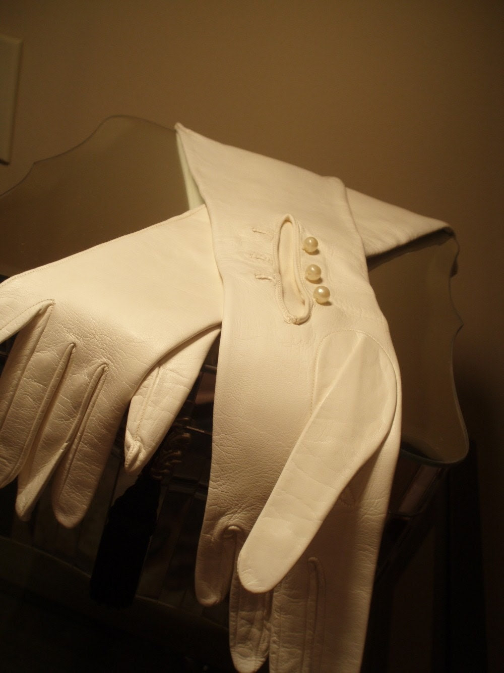 Amazingly Beautiful Antique Leather Gloves for The Bride