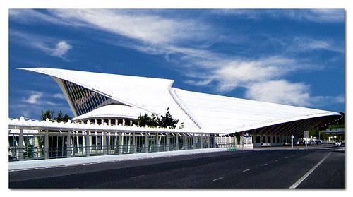 Sondica Airport, Bilbao, Spain, by jmhdezhdez