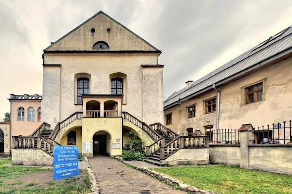 Znalezione obrazy dla zapytania awantura o synagoge w krakowie zdjecia