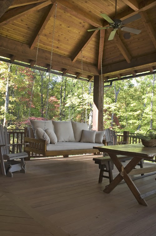 Rustic Lakehouse  porch