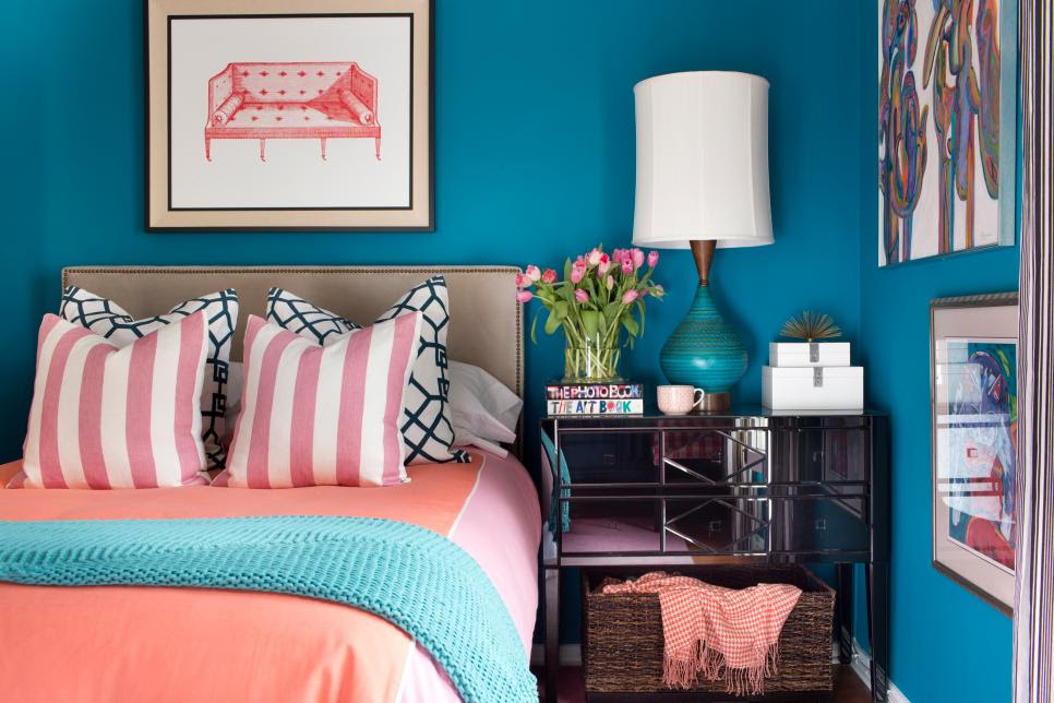 A Small Bedroom Packed With Cool, Caribbean Colors | HGTV