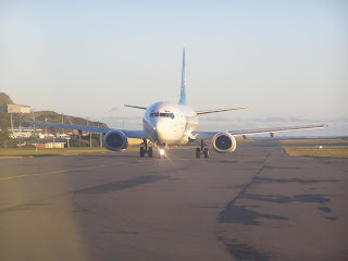 B737 on the taxiway