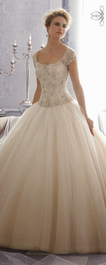 17 Best ideas about Crazy Wedding Dresses on Pinterest