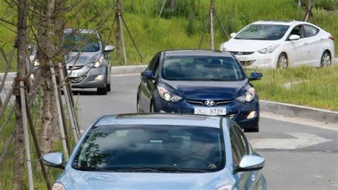 hyundai avante captured   roads  south korea