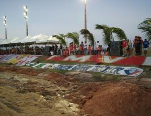 Tendas da área vip do Estádio Barretão foram usadas por rádios (Foto: Augusto Gomes)