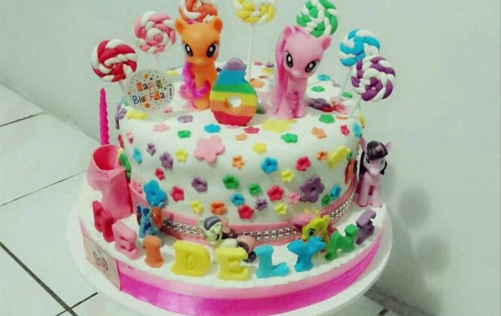 Kue Ulang Tahun Kuda Poni Tingkat Berbagai Kue