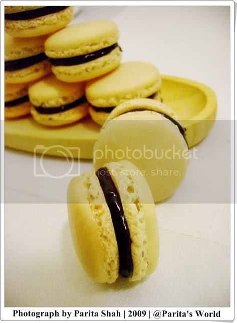 Macarons filled with chocolate ganache