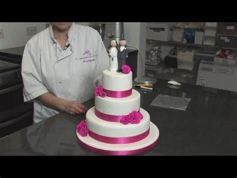 How To Decorate A Wedding Cake   YouTube