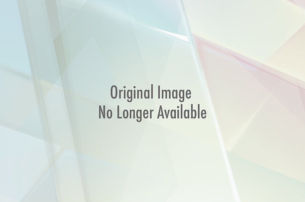 http://wac.450f.edgecastcdn.net/80450F/comicsalliance.com/files/2012/07/capandfalcon.jpg