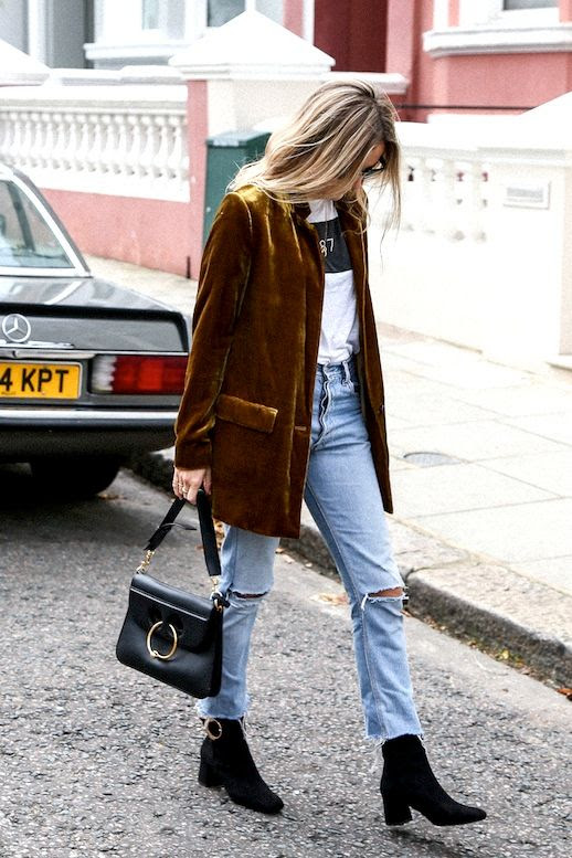 Le Fashion Blog Fall Blogger Style Brown Blazer Graphic Tee Jwanderson Pierce Bag Vintage Jeans Black Suede Ankle Boots Via Fashion Me Now