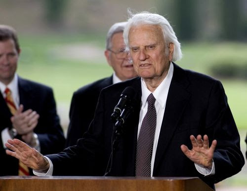 Billy Graham : 3 Warning Signs That A Church Is Actually A Cult