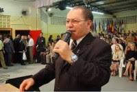 Pastor Cesino Bernardino admite que pastores pregavam bêbados e se prostituíam com cantoras no Gideões Missionários; Assista