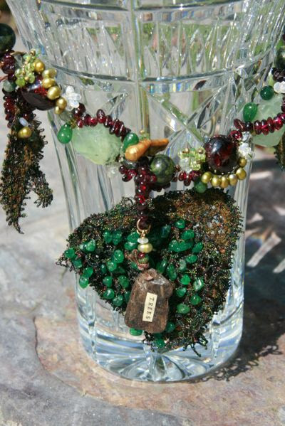 Forest Floor_pendant detail front on crystal vase