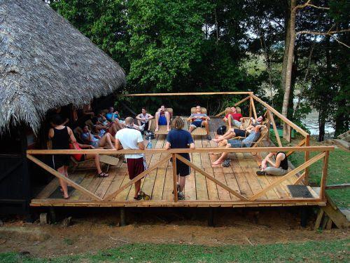 Lugares turísticos del Ecuador: Disfrutandose en el Cuyabeno Lodge.