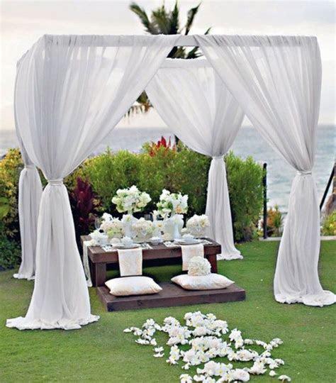 28 Outdoor Wedding Decoration Ideas   Weddingbells
