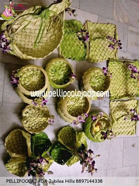 Coconut leaf trays for engagement, weddings   Adorable