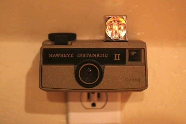 hawkeye instamatic II camera retro luminaria de sucata
