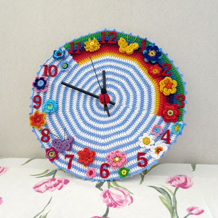 Crochet-clock-1 completed