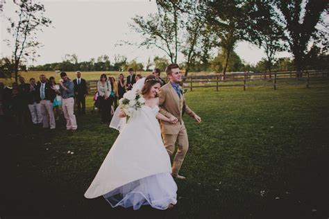 BRITTANY AND TAYLOR   ROCKLANDS FARM WEDDING ? Red White