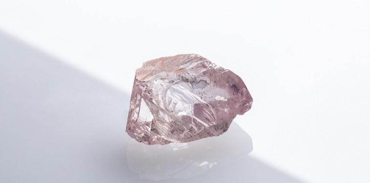 Rough Pink Diamond Images