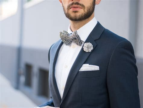 How To Style a Bow Tie For A Wedding ? The Modern Otter