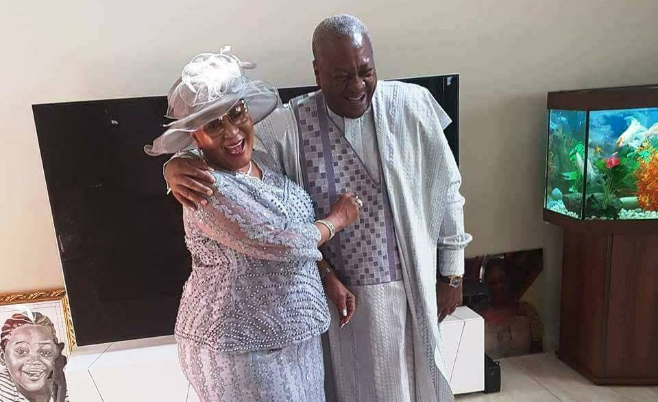 mahama-and-family-1