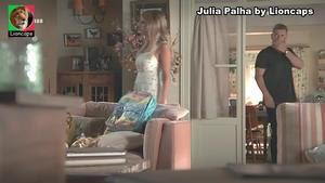 Julia Palha sensual na novela Na corda Bamba