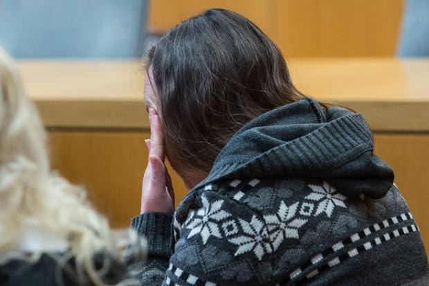 Bianca T. em 12 de novembro no tribunal em Landshut (Foto: Reuters)