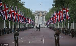 Royal Wedding cake baker McVitie's bans 'sectarian' Union