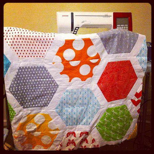 My hexagon park quilt top has been hanging on the back of my sewing chair awaiting further attention for more than 6 months. Oh, the shame!