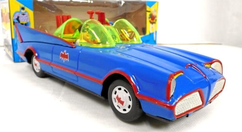 batman_ahitinbatmobile4.jpg