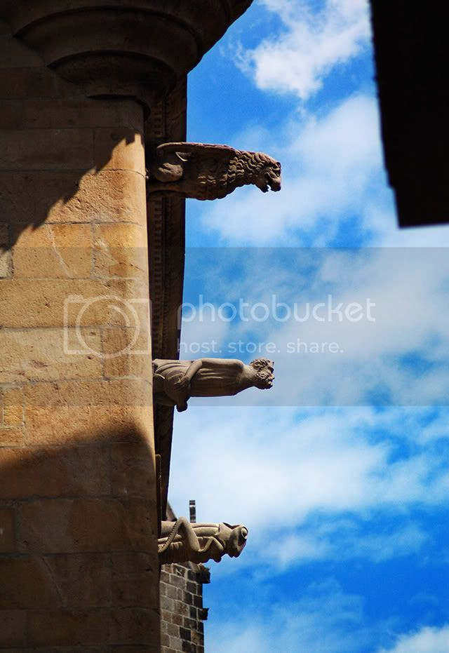 The Gargoyles of Death, Plaza del Rey, Barcelona [enlarge]