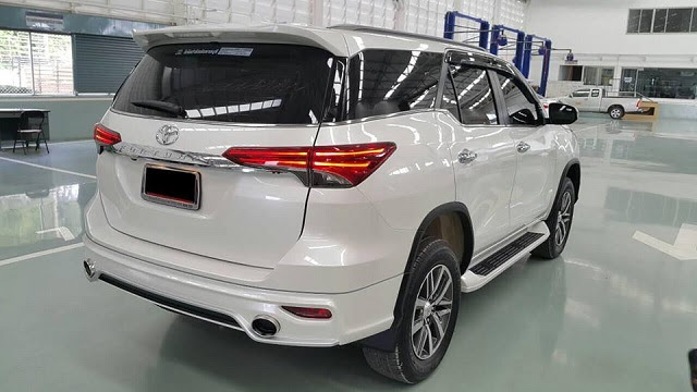 images  toyota fortuner review  cars