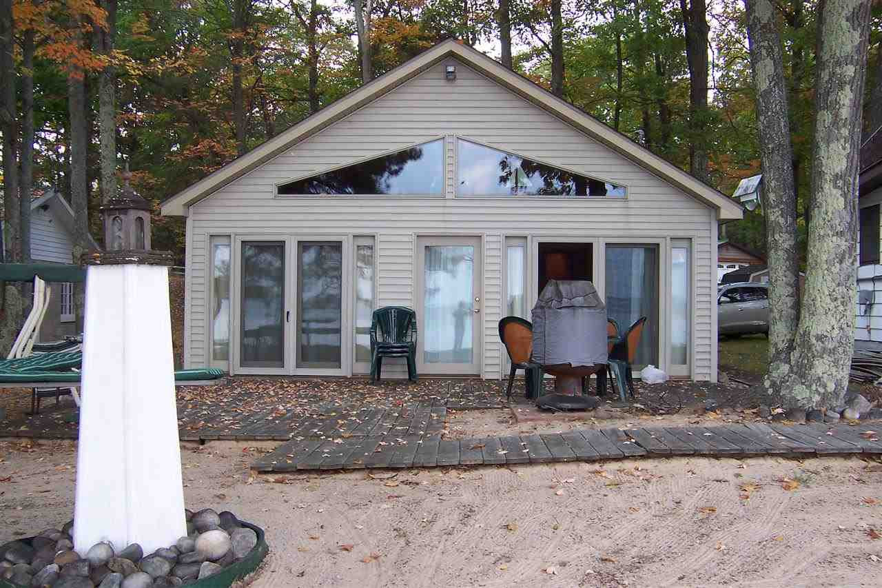 5 Great Newer Lakefront Homes for Sale in Roscommon County | Ken ...